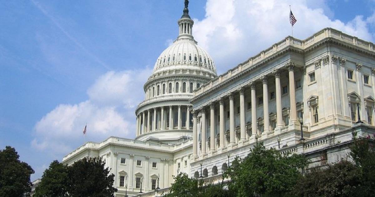 Dems introduce $15 minimum wage bill