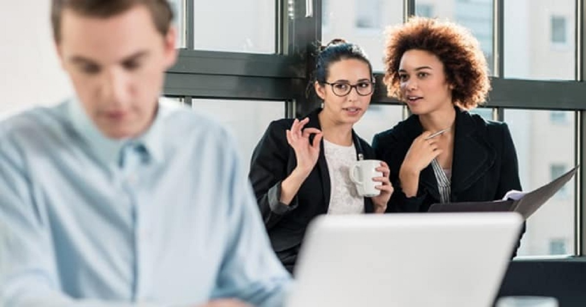 How Did You Navigate Employee Relations Challenges in 2018