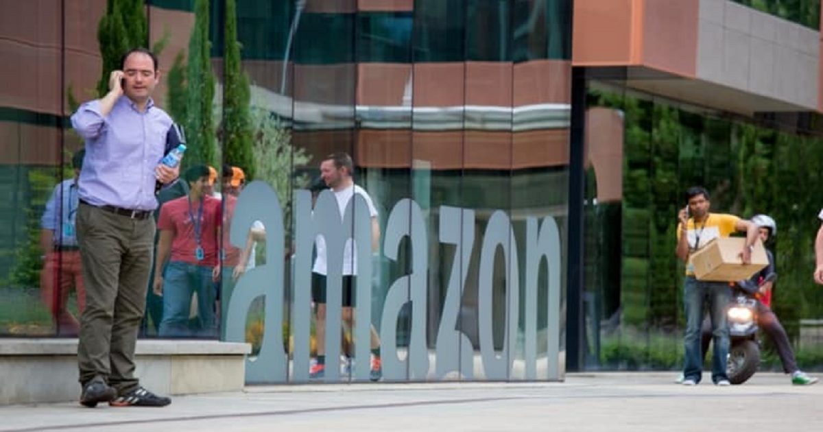 Amazon's Wage Hike Comes with Strings